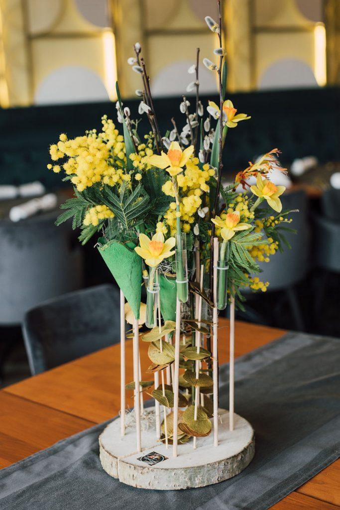 aranjament floral de nunta de vara
